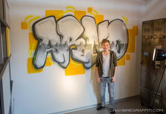 Arno-Graffiti-Chrome-Chambre-Garcon