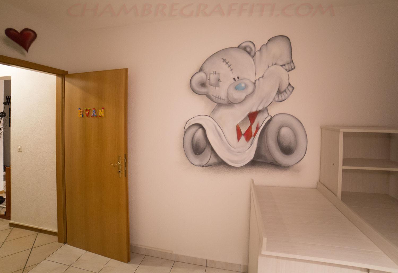 chambre bebe graffiti ourson coeur evan - Chambre Bebe Ourson